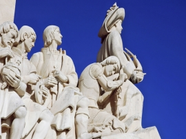 monument-to-the-discoveries-close-up-first-figures-61